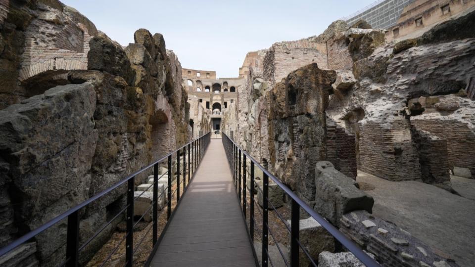 Im Keller des Kolosseums