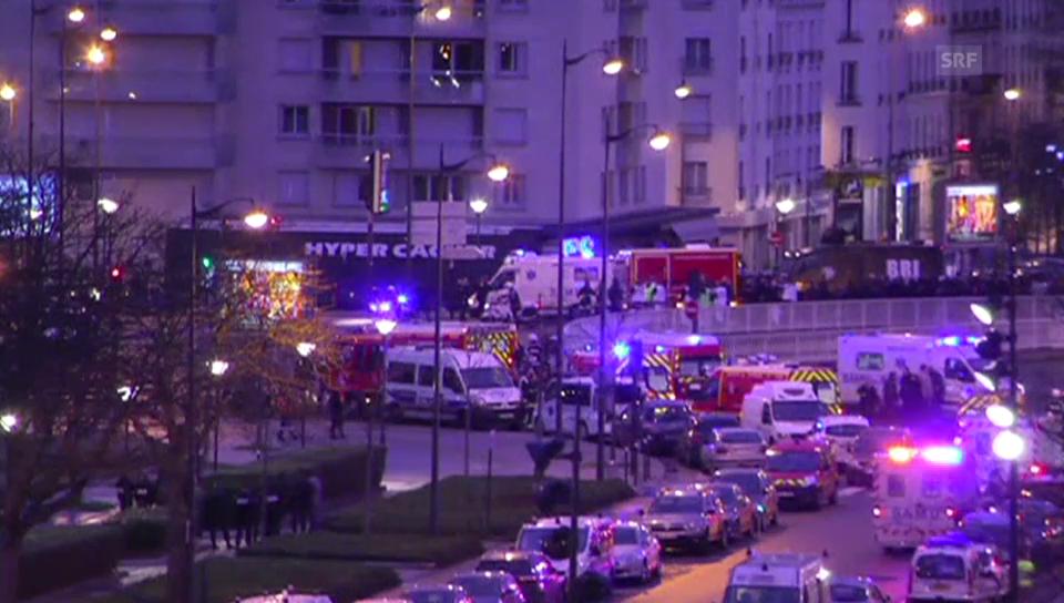 Krankenwagen im Einsatz bei der Porte Vincennes
