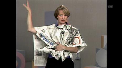 Video «Kleider aus Altpapier (1976)» abspielen