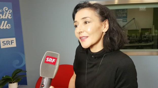 Video ««Hallo SRF!»-Publikumsmitarbeiterin Angela D'Amico» abspielen