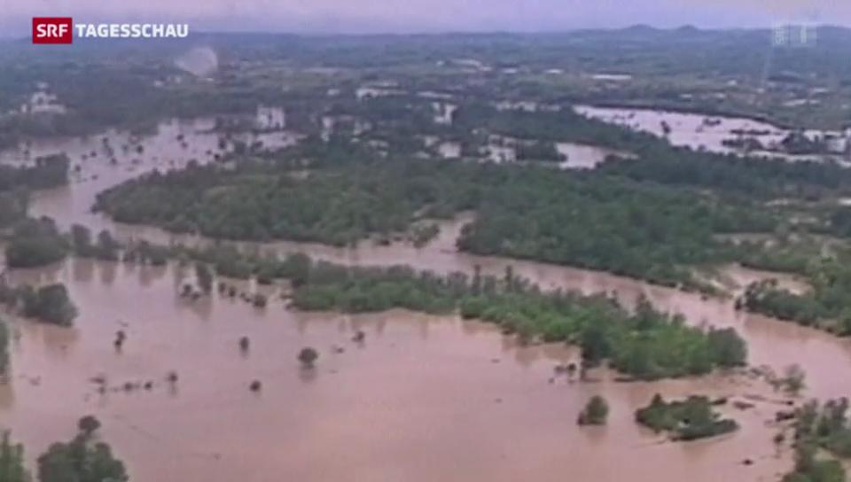 Tote und Chaos nach Überschwemmungen