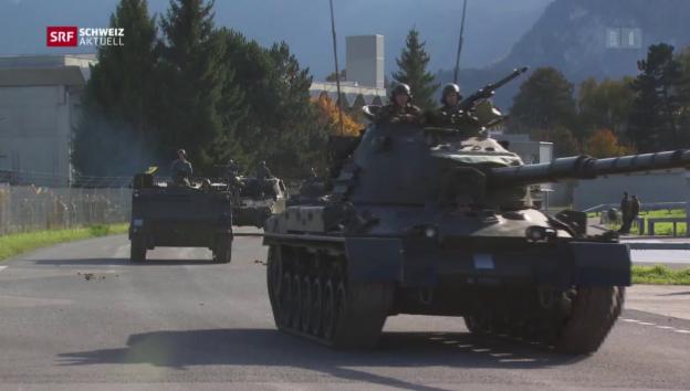 Video «Militärschau mit 160'000 Besuchern» abspielen