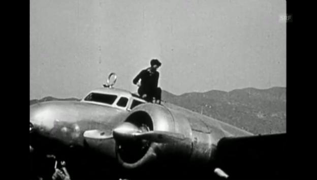 Video «Amelia Earhart vor dem Flug (Stummfilm s/w)» abspielen