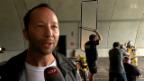 Video «DJ Bobo: 200 Töfflis für ein Video» abspielen